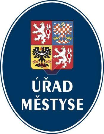 Úřad městyse so štátnym znakom ČR